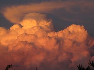 Anvil-topped Monsoon at SaddleBrooke, Arizona (photo Bob Bowers)